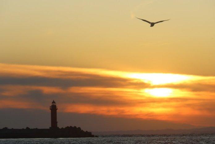 搭船看釧路夕陽極景 大啖道東美味海鮮 @YA 野旅行-陪伴您遨遊四海