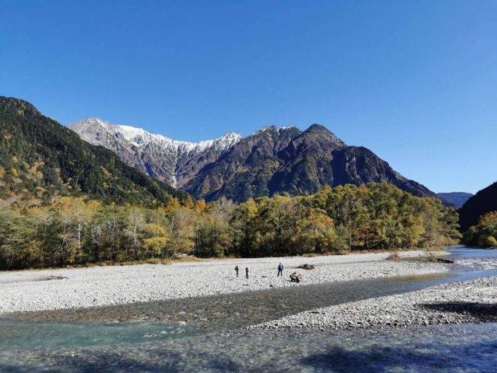 日本上高地神的故鄉 穗高連峰佐深秋楓紅浪漫情境 @YA !野旅行-吃喝玩樂全都錄