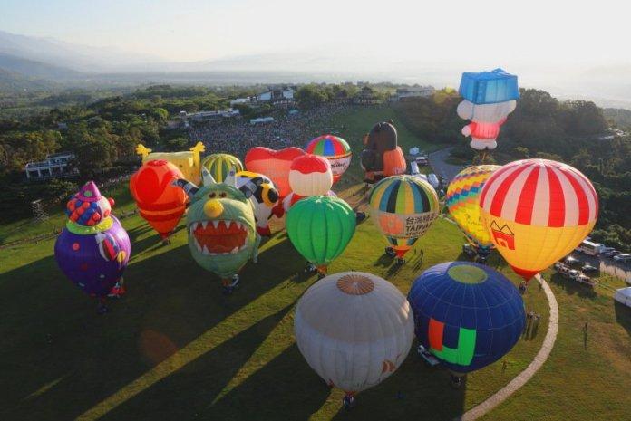 2021臺灣國際熱氣球嘉年華揭幕,全球唯一,希望升空! @YA !野旅行-吃喝玩樂全都錄