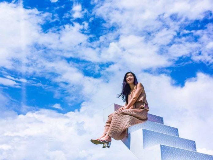 藍天白雲伸手可及 網紅必訪Pony Café的絕美天梯 @YA !野旅行-吃喝玩樂全都錄