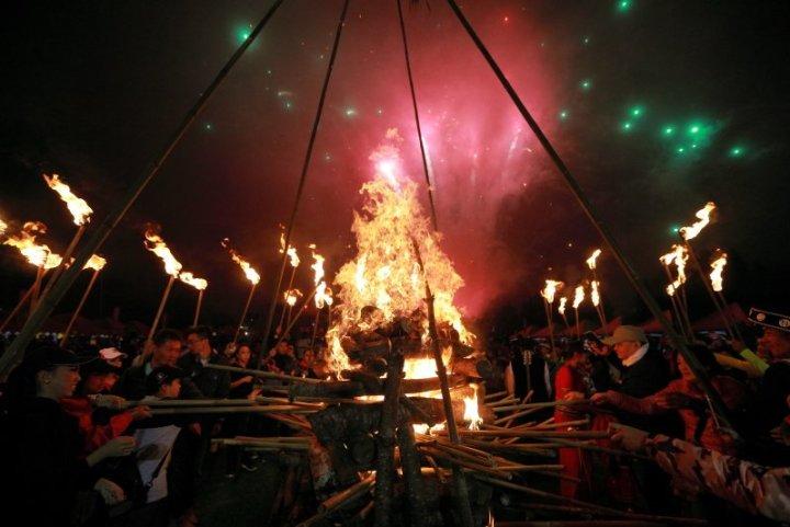 清境小瑞士微旅行 火把節傳承滇緬少數民族文化 @YA !野旅行-吃喝玩樂全都錄