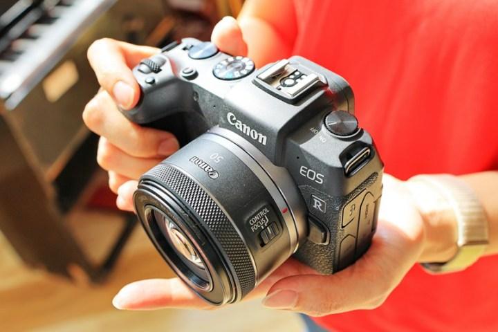 Canon全新RF 50mm f/1.8 STM  大光圈標準定焦鏡正式開賣 @YA !野旅行-玩樂全世界
