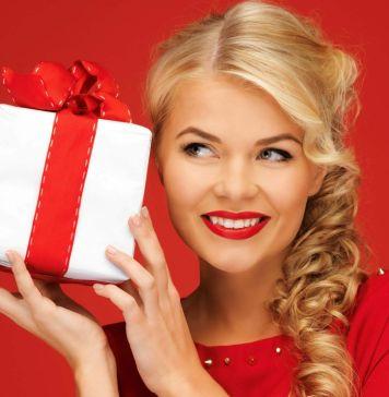 Идеи подарков женщинам на 8 марта