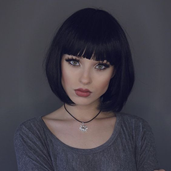 classic square with straight bangs
