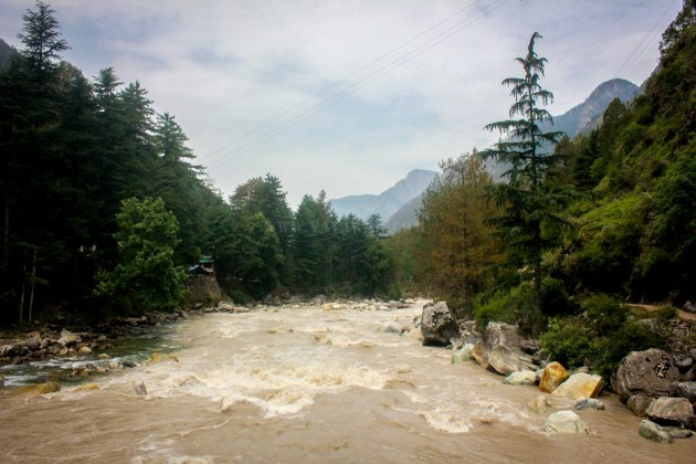 The raging Parvati river at Kasol