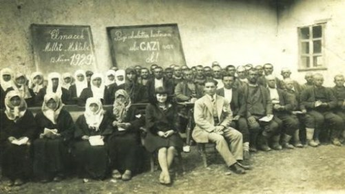 Prof. Server Tanilli Söyleşisi  Esmeri Alev Ekebaş