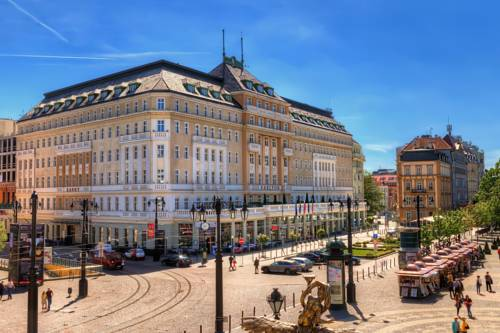 Best hotel to get free loyalty program reward nights in Bratislava : Radisson Blu Carlton Hotel, Bratislava