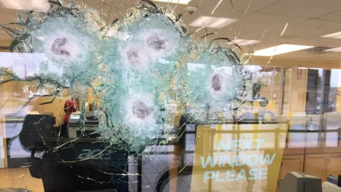 A clerk at a West Broad Street business is thankful for the bullet-proof glass that absorbed shots fired at her. (WSYX/WTTE)