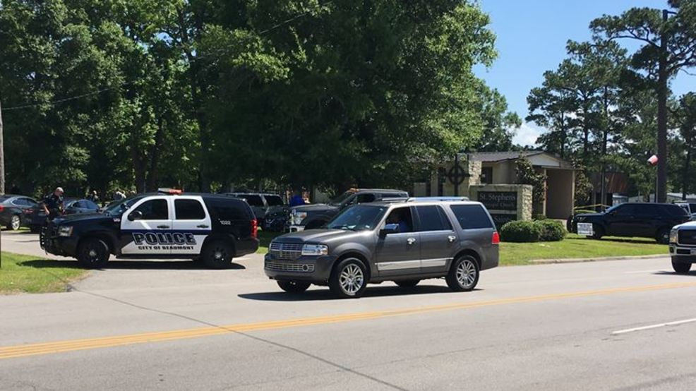 Package bomb detonates outside Episcopal church in Texas
