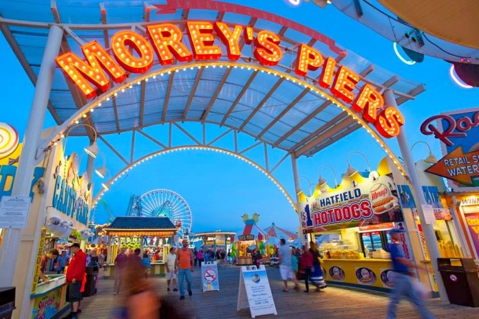 Federal agents, police respond to reports of a bomb threat at Morey's Piers, boardwalk evacuated