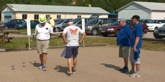 Här spelas det final mellan Hökerums Per-Ola Eliasson och Egon Ekunger och Skenes Hans Johansen och Ulf Svensson.