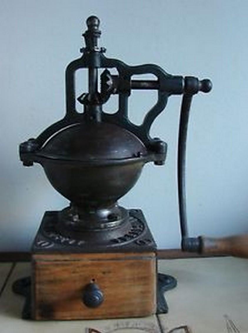 moulin a cafe ancien