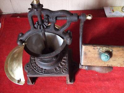 moulin cafe goldenberg
