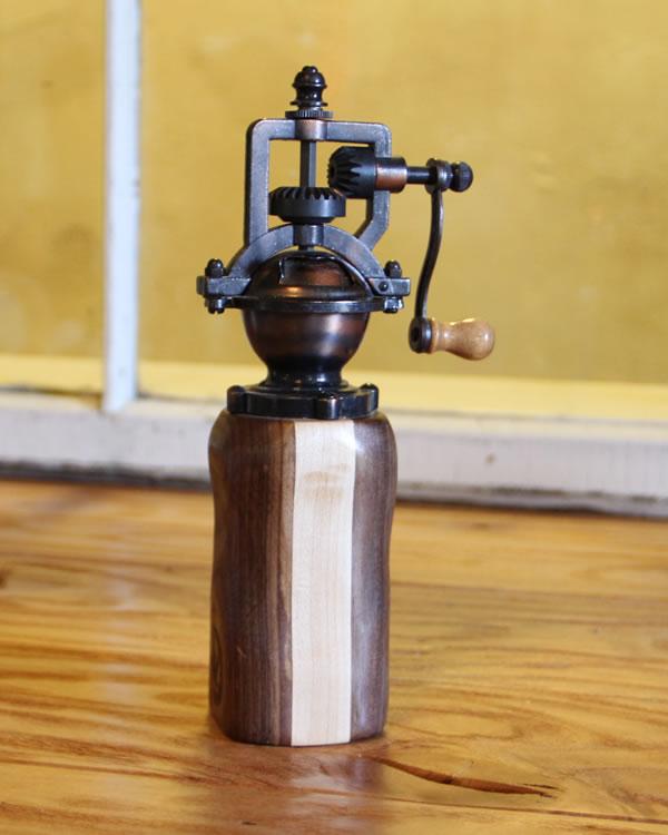 grinder using