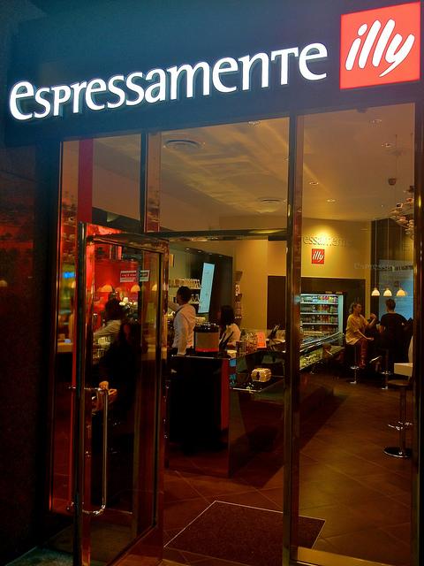 machine a cafe illy