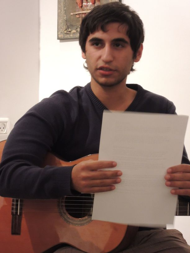 אורן עם הגיטרה