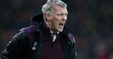 Moyes remains calm despite Hammers' costly slip