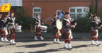 Pipers celebrate NHS anniversary in Noak Bridge