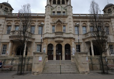 """Redbridge councillors """"uncomfortable"""" about administration's plan to ignore ombudsman"""
