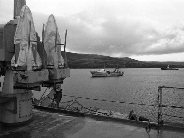 YellowAirplane.com: The Ships of the Falklands - Malvinas ...
