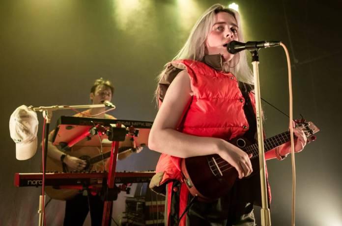Şarkıcı söz yazarı Billie Eilish