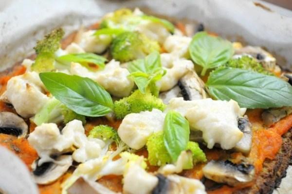 Cauliflower Base mushroom and brocolli Pizza
