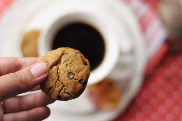 Ragi Chocolate Chip Cookies