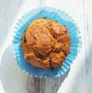 Healthy Banana Raisin Muffins
