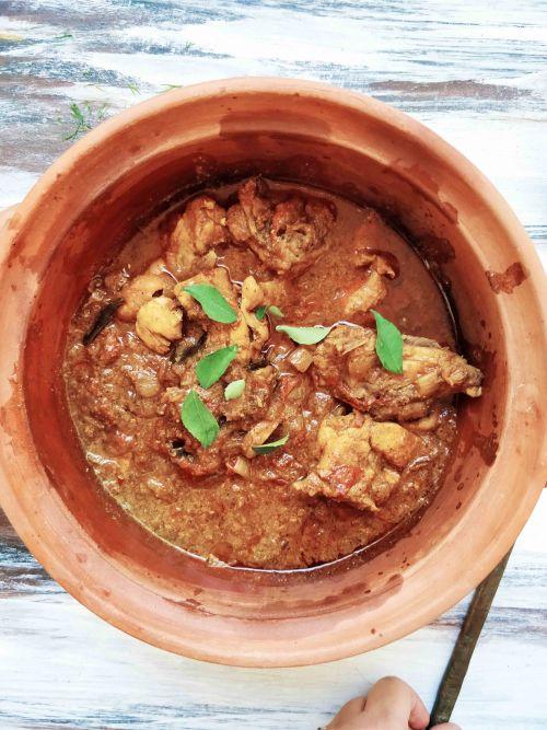Tamil Nadu Style Pepper Chicken Curry
