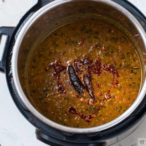 Punjabi Langarwali Dal - Homestyle Dal made with split urad and channa dal using pressure cooker or Instant Pot.Vegetarian Quick lentil recipe. #dal #lentil #langarwalidal #dalrecipe #indiandal #punjabi #vegetarian #recipe #indian#instantpot #pressurecooker