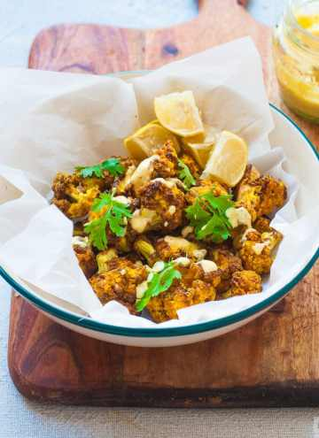 Air Fryer Curry Cauliflower - Super Crispy, spicy cauliflower fried in airfryer with only 1 tsp of oil.Super low carb Vegan Recipe. #cauliflower #lowcarb #vegan #paleo #whole30 #airfryer