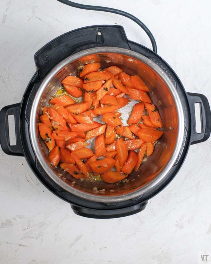 Instant Pot Honey Garlic Glazed Carrots