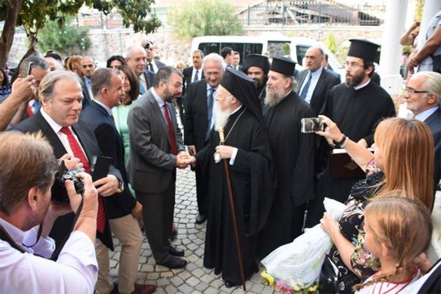 Fener Rum Patriği, İzmir'e papaz ataması yaptı ile ilgili görsel sonucu