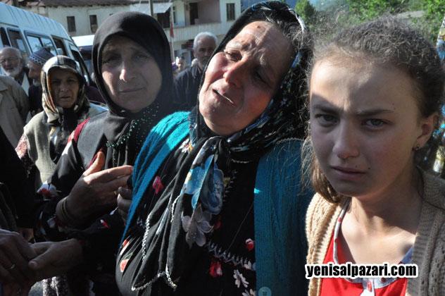 Hüseyin Karadere'nin annesi ve kardeşinin feryatları yürekleri dağladı