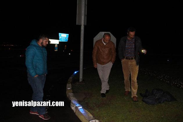 Olayı duyar duymaz Şalpazarı'ndan Vakfıkebir'e giden vatandaşlar kaza yerinde Hüseyin Karadere'nin izlerini aradılar