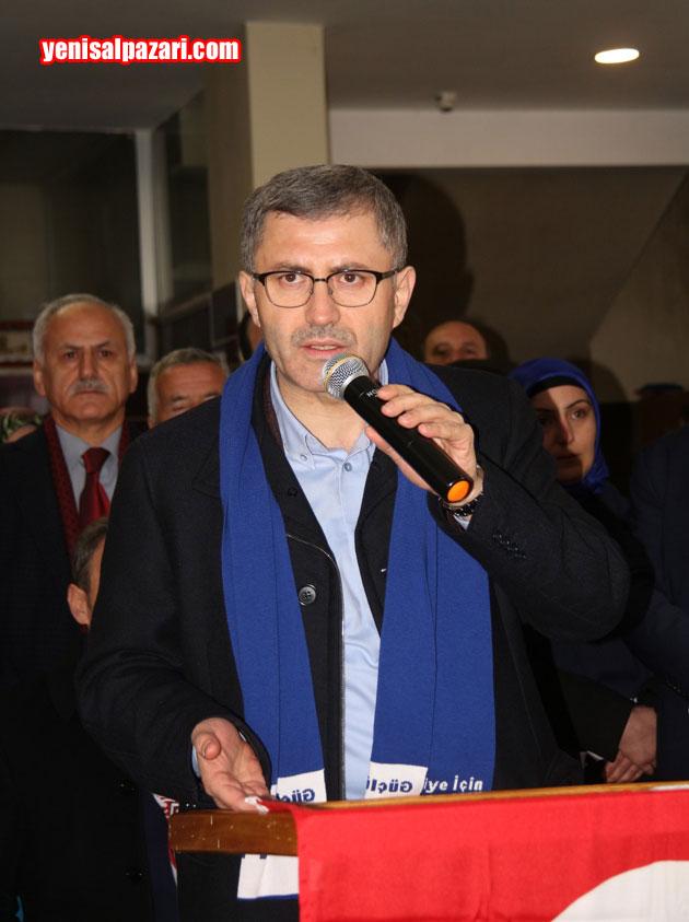 Üsküdar Belediye Başkanı Av. Hilmi Türkmen