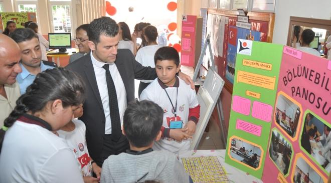 Şalpazarı Atatürk Ortaokulu ilk defa bilim fuarı düzenledi