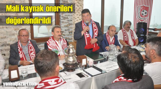 Şalpazarıspor yöneticileri yeni sezon öncesi Zirve Otel'deki yemekte buluştu