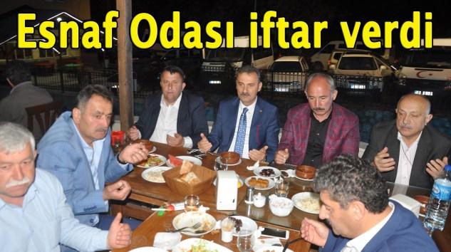 Şalpazarı Esnaf Odası Acısu'da esnaf ve vatandaşlara iftar yemeği verdi