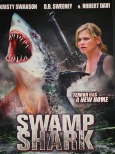 """Y la única diferencia visible entre esta peli y el """"Tiburón"""" de Spielberg es... en fin, mejor lo dejamos, ¿sí?"""