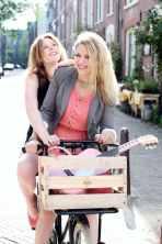 Yentl en de Boer (Yentl Schieman en Christine de Boer). Foto: Marloes Bosch Fotografie