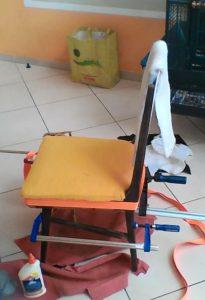 הכסא הצבעוני - הדבקת השלד של הכסא