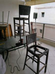 יש מיש כסאות הבר שיוף - רק במרפסת ועם מסכה!