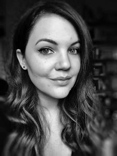 Phoebe Yesihaveablog