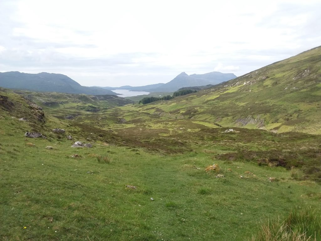 Cape Wrath trail north to south itinerary - Assynt Loch