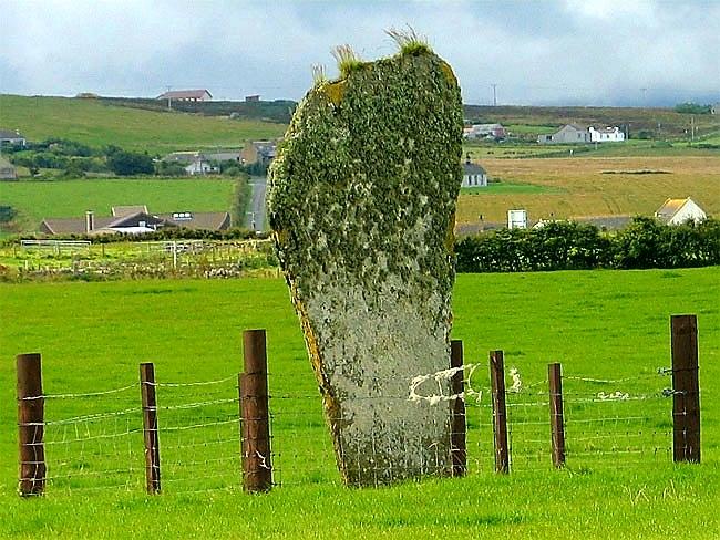 Barnhouse standing stone