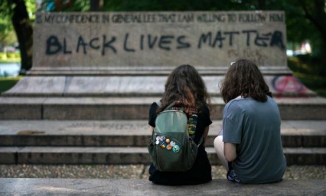 Black-Lives-Matter-Confederate-Monuments.jpg