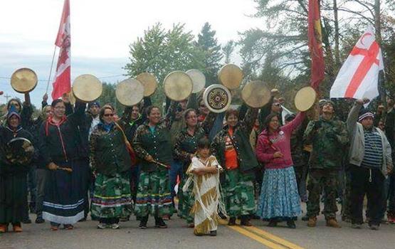 Mi'kmaq women. Photo via Twitter.