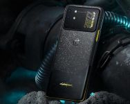 OnePlus 8T Cyberpunk 2077 Limited Edition is Available for Purchase on Giztop for Just $799