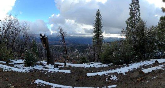 Yosemite-Foresta-YExplore-DeGrazio-iPhone-Jan2014